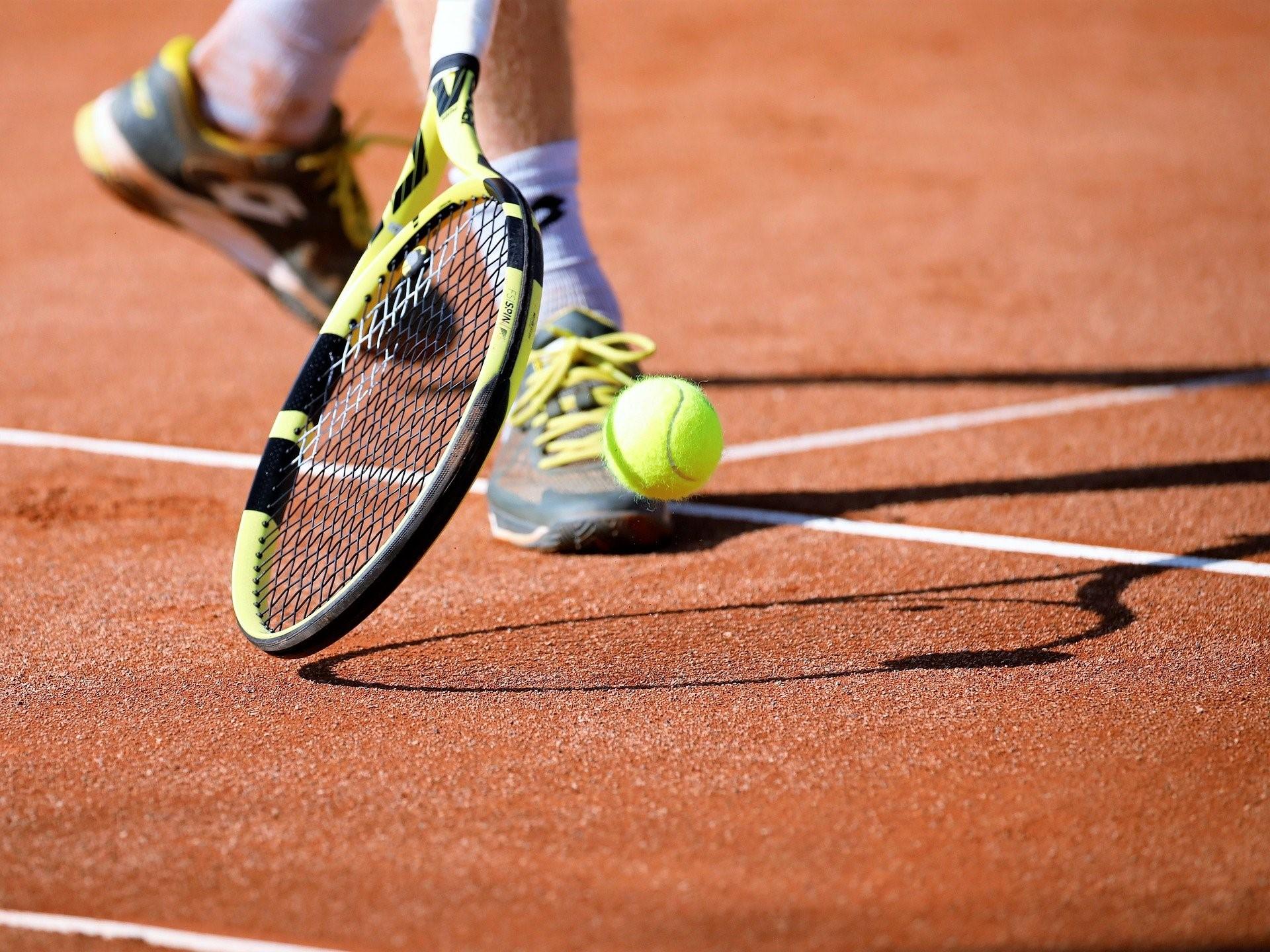 camping clusure tennis
